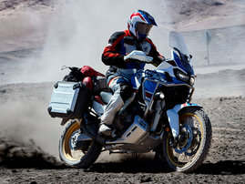 CRF1000L-Africa-Twin-Adventure-Sports-18-e-17