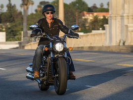 2015-Indian-Scout-black-action2