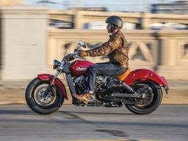 2015-Indian-Scout-red-action4