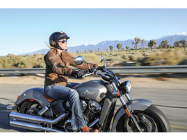 2015-Indian-Scout-silver-action1