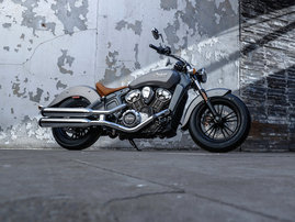 2015-Indian-Scout-silver-static1