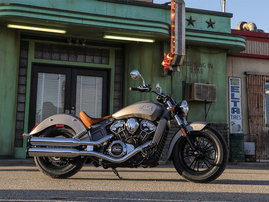 2015-Indian-Scout-silver-static10