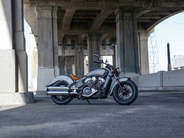 2015-Indian-Scout-silver-static16