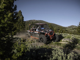 2019-rzr-xp-4-1000-eps-black-pearl-04