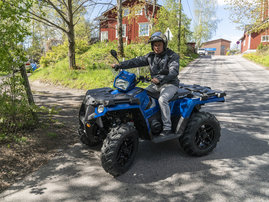 2019-sportsman-570-sp-radar-blue - 04